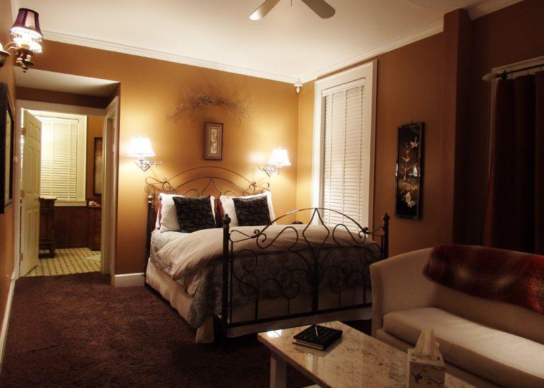 Honeymoon Suite 3